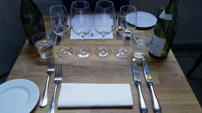 Rustik borddækning med fransk bistro stemning