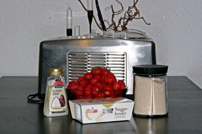Det er let at lave jordbærsorbet