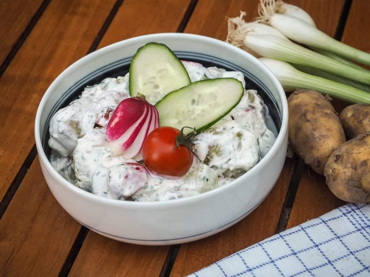 Kartoffelsalat & dilddressing – Verdens bedste