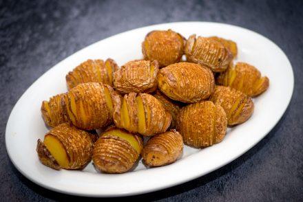 Hasselback kartofler - sprøde og møre