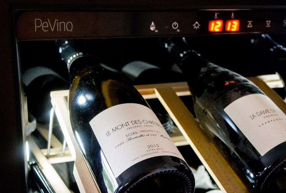 Pevino vinkøleskab – Når vinopbevaring er særligt lækkert